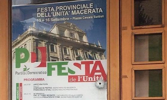 Raid razzista a Macerata, spari contro gli africani: 6 feriti. Fermato italiano incensurato