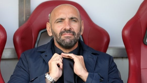 Roma, Monchi: ''Di Francesco mai stato in discussione''