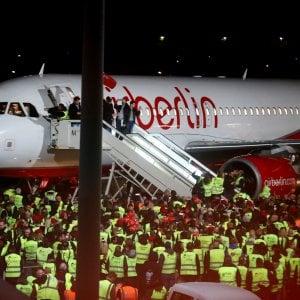 Tutti pazzi per le spoglie di Air Berlin messe all'asta
