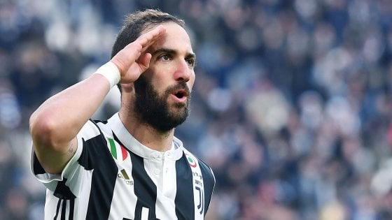 """Juventus, la Champions si avvicina ed ecco il miglior Higuain: """"Aspettavo la tripletta"""""""