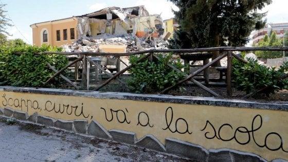 Scuola, arriva un miliardo ai Comuni per la sicurezza contro i terremoti