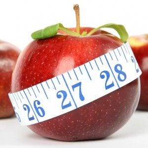 La moda pericolosa delle 'crash diet', pasti sostitutivi e 700 calorie al giorno