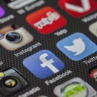 Le elezioni, i social e le bolle ideologiche: ecco il profilo degli utenti più a rischio