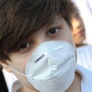 """Inquinamento, l'appello dei pediatri: """"I bambini sono i più vulnerabili"""""""