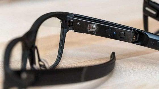 Intel, ecco gli occhiali intelligenti che sembrano normali