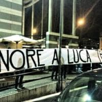 Macerata, ultrà della Lazio dietro lo striscione di sostegno a Traini