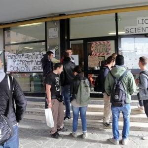 Scuola, continua la corsa dei licei: oltre la metà dei nuovi iscritti