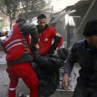 Siria, 100 vittime tra i miliziani pro-Assad. Ma la battaglia è anche sui pozzi petroliferi