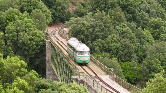 Sì viaggiare, specialmente sui treni d'epoca