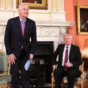Brexit, Barnier: o Londra accetta regole o niente transizione soft