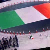 PyeongChang 2018, gli atleti italiani sfilano durante la cerimonia d'apertura