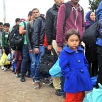 Grecia, nei sovraffollati centri di accoglienza delle isole le violenze