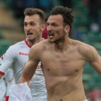 Serie B: il Frosinone cade a Bari, l'Empoli lo aggancia in vetta
