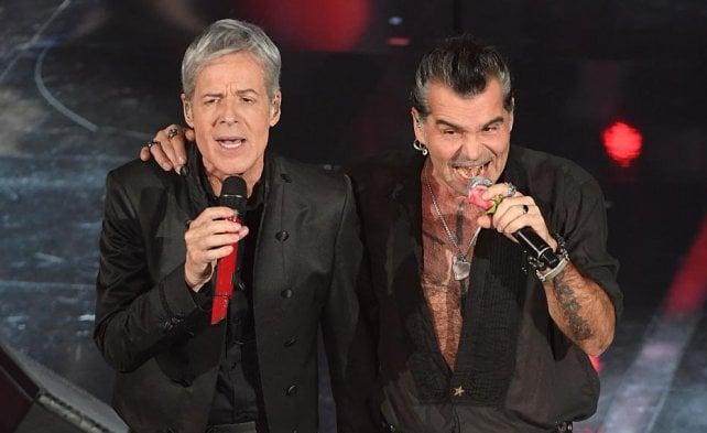 Record duetti, share 51%. Celentano: Baglioni è rock