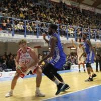 Basket, serie A: Varese stende Brescia. Non si fermano Milano, Venezia e Avellino
