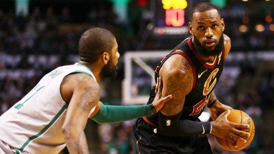 Basket, Nba: James prende per mano Cleveland, Boston al tappeto nel big match