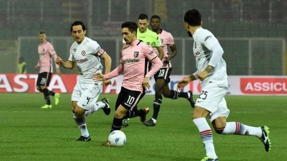 Serie B, sorprendente Foggia: il Palermo si arrende in casa 1-2. Duhamel e Kragl negano la vetta ai rosanero