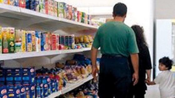 Caritas, compie 10 anni il primo supermercato gratuito. In Italia ora sono più di cento