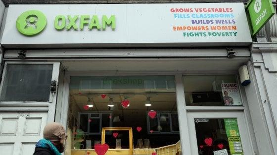 """Scandalo Oxfam, nuove accuse al numero uno: """"Sapeva di molestie ma non intervenne"""""""