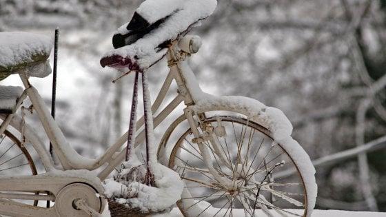 Meteo, arriva il freddo russo. Collegamenti difficili al Sud e niente carri di Carnevale