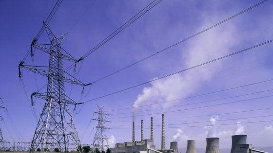 Elettricità, via libera Ue alle agevolazioni in Italia