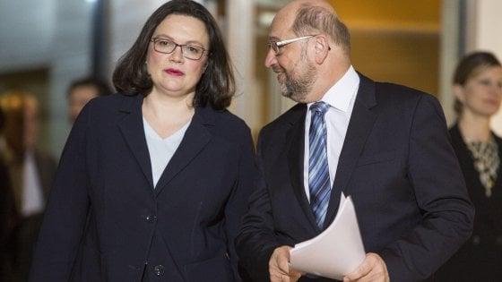 """Germania, Schulz lascia guida Spd: """"Senza amarezza"""". Ma su Nahles al vertice è caos nel partito: per ora incarico a Scholz"""