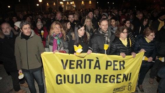"""Caso Regeni, i genitori di Giulio: """"Abbiamo perso tempo. Occorre alzare la voce"""""""