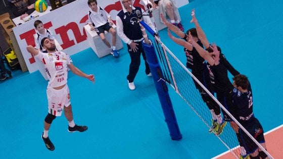 Volley, Champions: Civitanova passa 3-0 in Belgio e accede ai playoff