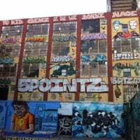 New York, risarcimento da 6,7 milioni per i graffiti di 5Pointz: condannato costruttore...