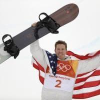 PyeongChang 2018, White torna re dello snowboard. Ma il suo è un oro tra le ombre