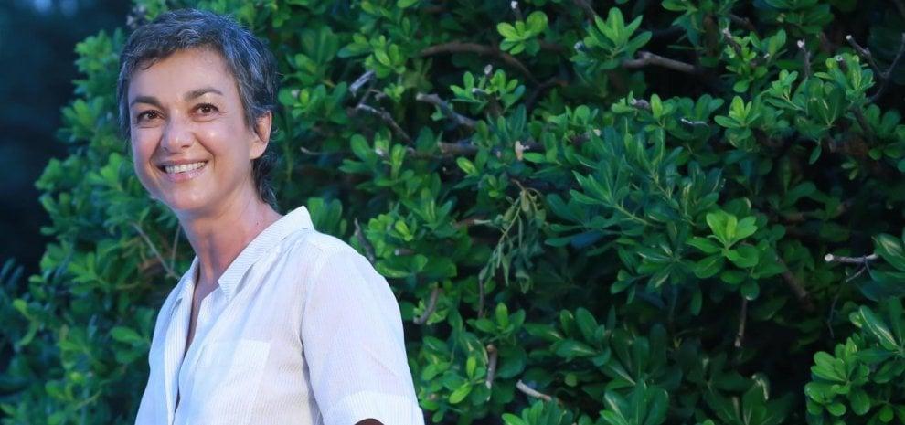"""Daria Bignardi racconta il cancro: """"Mi criticavano per i capelli, non ho detto niente"""""""