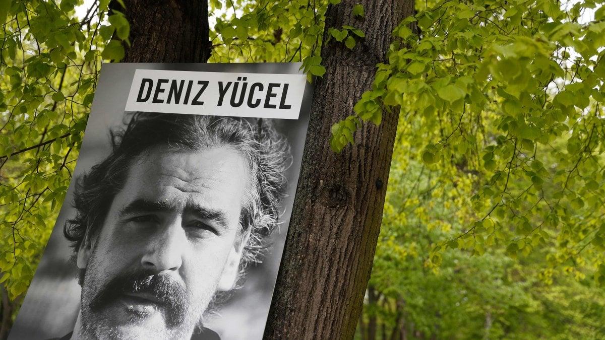 Torna il libertà il giornalista turco-tedesco Deniz Yucel. E' stato