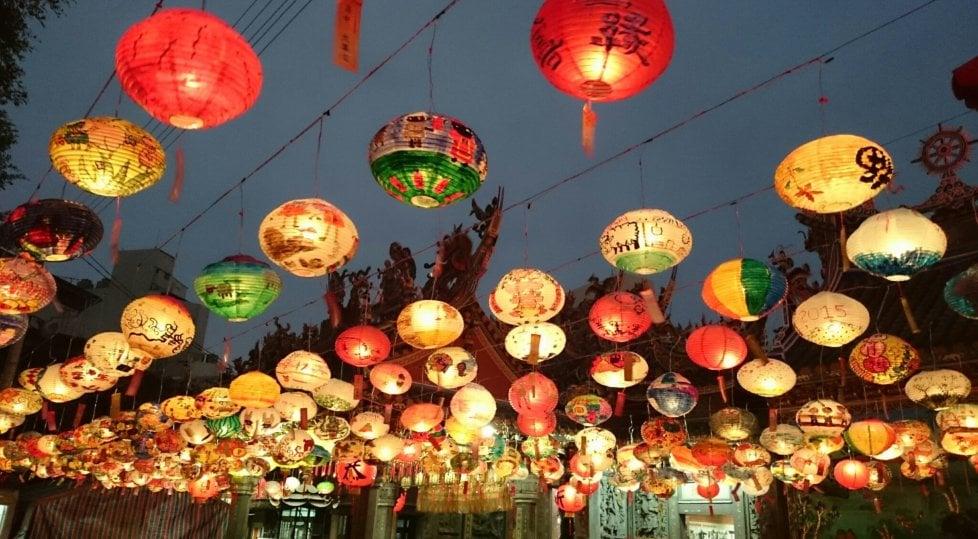 Benvenuti nell'anno del Cane: al via i festeggiamenti per il Capodanno cinese