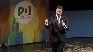 """Da Renzi no alle larghe intese: """"Mai governo con estremisti"""""""