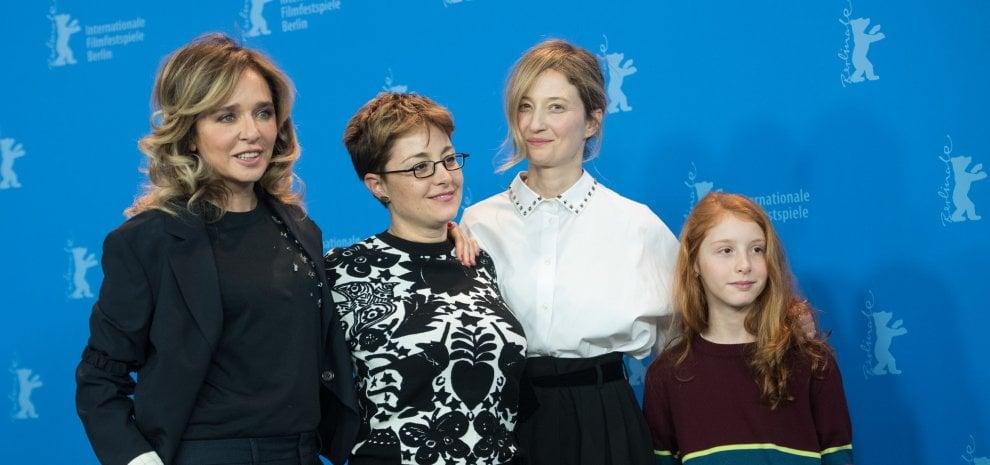 Berlino, Valeria Golino e Alba Rohrwacher madri di una ragazzina contesa