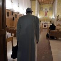Nigeria, Papa Francesco costretto alla marcia indietro sul vescovo controverso