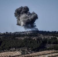 Siria, le truppe di Damasco verso Afrin. La Turchia avverte: