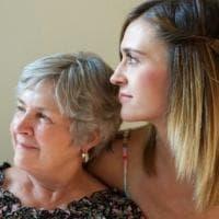 Caregiver, 8 ore al giorno dedicate ai malati