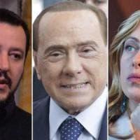 """Elezioni, guerra di nervi nel centrodestra. Salvini su Berlusconi: """"Con lui servono 4..."""