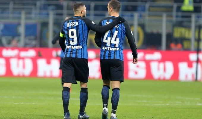 """""""Inter caos, comanda blocco  di 7-8 giocatori"""""""