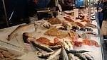 Torna a salire la spesa alimentare. Frutta e pesce freschi, gli italiani riscoprono la Dieta mediterranea