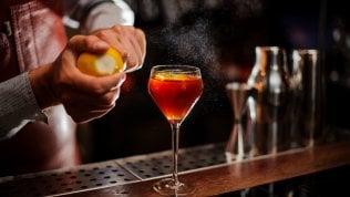"""Da Milano a Taormina, ecco gli 11 cocktail bar più belli d'Italia. E le loro ricette """"cult"""""""