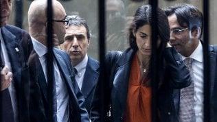 """Tribunale archivia Raggi per la nomina di Romeo. La sindaca: """"Cancellato un anno di fango"""""""