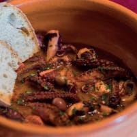 La cucina al tempo dei Borboni: passeggiata nella storia culinaria di Napoli