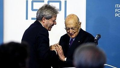 """Napolitano lancia Gentiloni:""""Essenziale per governabilità""""· Renzi: """"Ha ragione Berlusconi, non ci saranno larghe intese"""""""