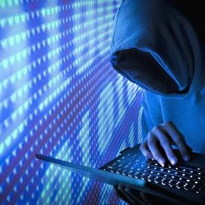 Gli hackers fanno più danni dei truffatori: il cybercrime è il primo crimine economico subito dalle imprese