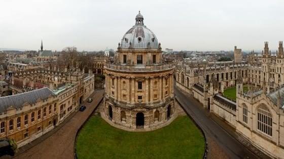 Università inglesi bloccate per un mese: lo sciopero dei docenti contro riforma delle pensioni