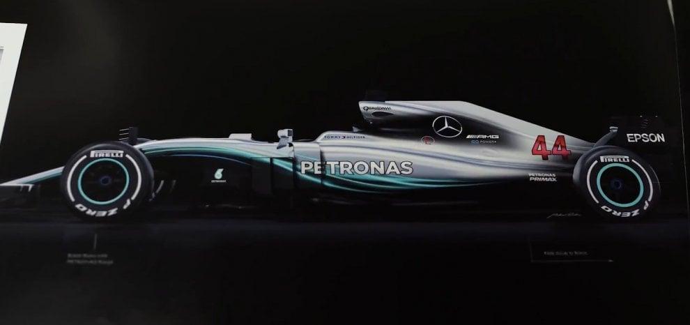 Mercedes, svelata la nuova W09 per il campionato del mondo F1 2018 - Repubblica.it
