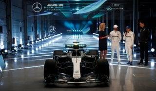 F1, Mercedes: svelata la macchina da battere, ecco la W09