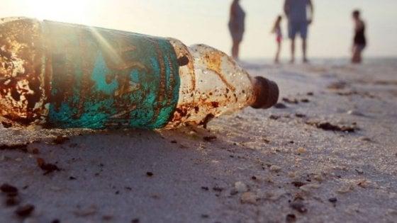 Plastica addio con la blockchain: i rifiuti diventano una moneta di scambio